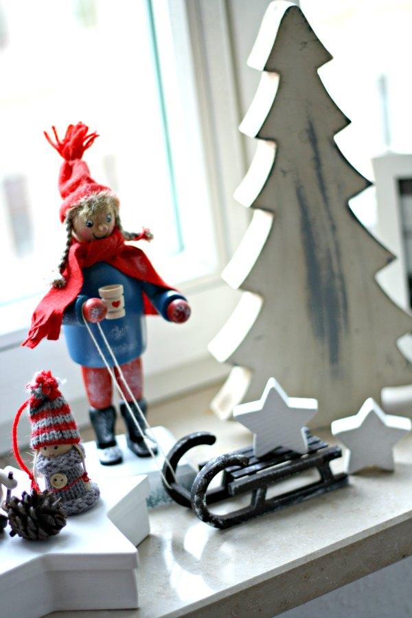 weihnachtsschmuck am fenster1