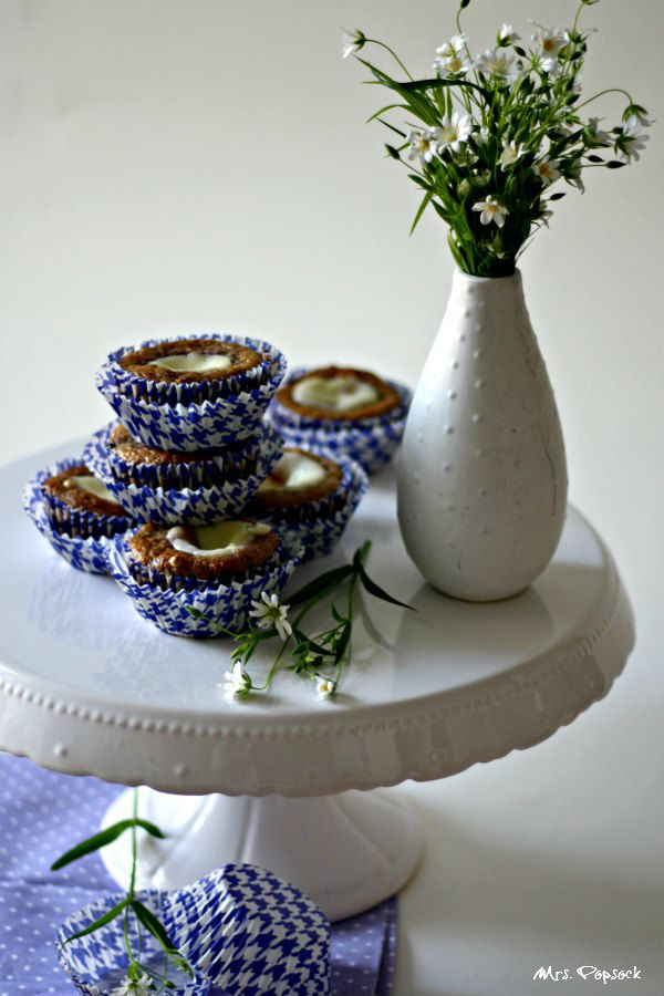 berry cheesecake muffins stillleben_7237