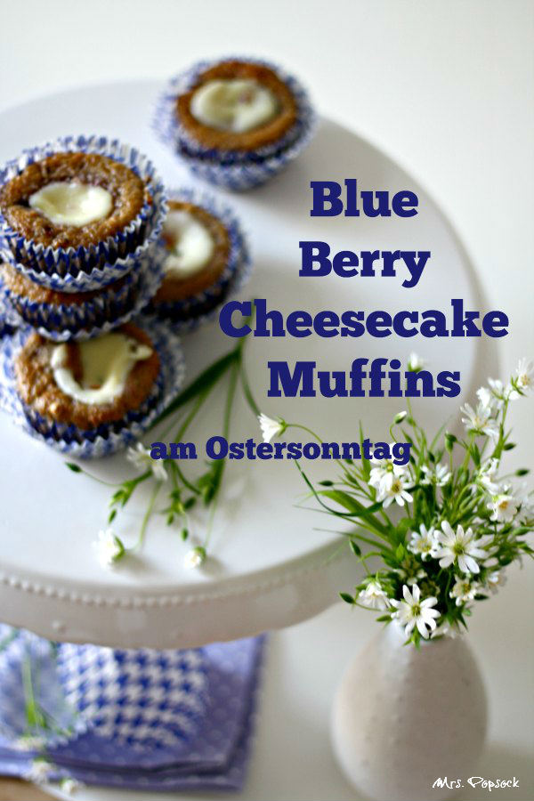 blue berry cheesecake muffins am ostersonntag