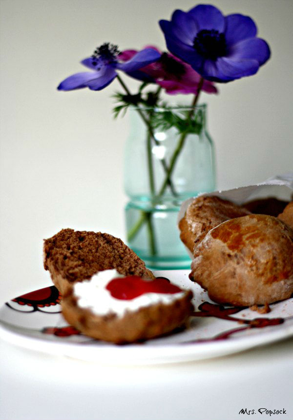 chocolate scones & Anemonen for easter_7121