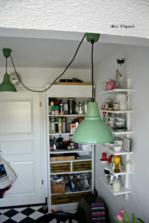 "pistaziengrüne Lampen aus ""Schweden"""