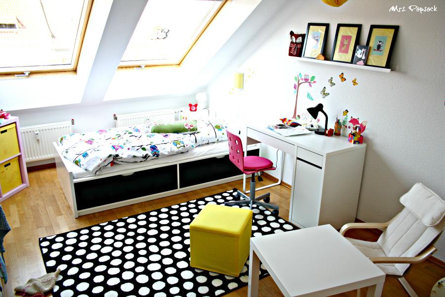 ein neues zimmer f r mini me in wei schwarz gelb und pink frisch aus m belschweden mrs. Black Bedroom Furniture Sets. Home Design Ideas