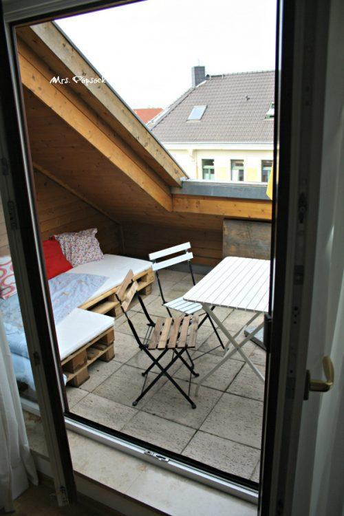 Dachterrasse mit Palettencouch