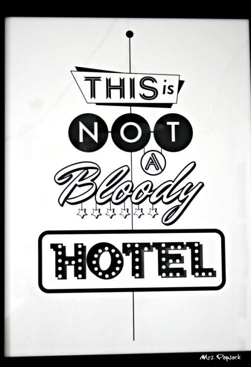 this is not a bloody hotel print