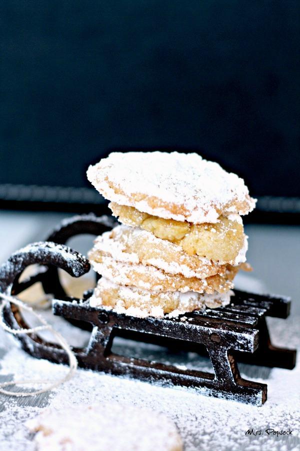 frau holle kekse auf dem schlitten